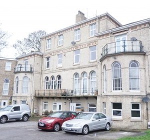 Flat 14 Dykes House, Cliff Road, Hessle